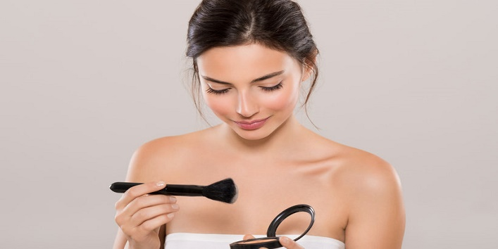 Pros and cons of applying makeup 1