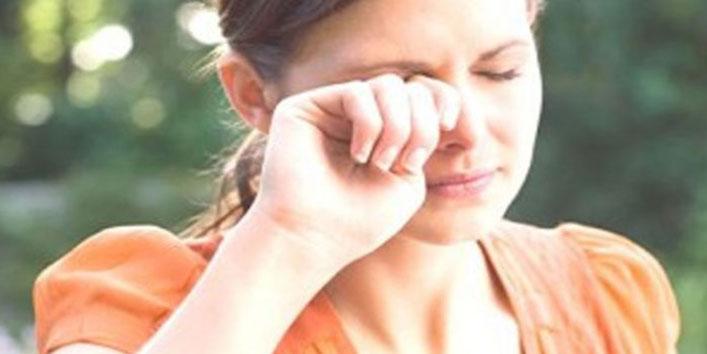 आंखों में खुजली की समस्या