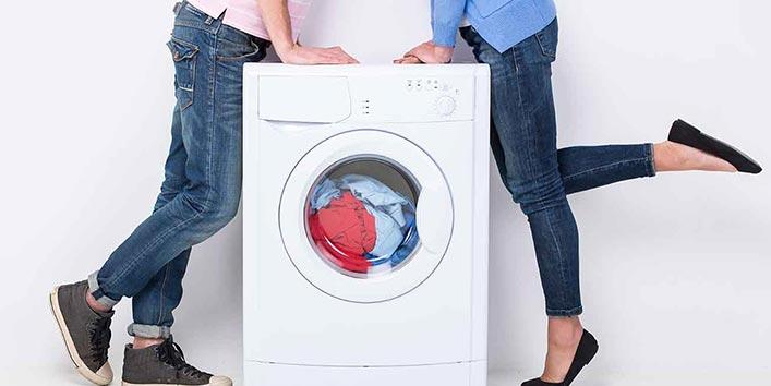 वॉशिंग मशीन में धोने के दौरान