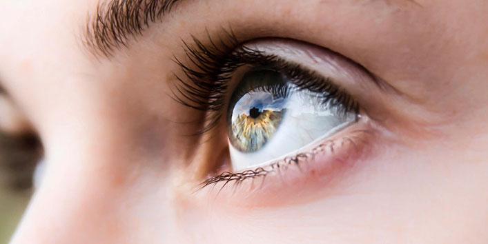 आखों के रंग से जुड़े कुछ अद्भुत फेक्ट्स