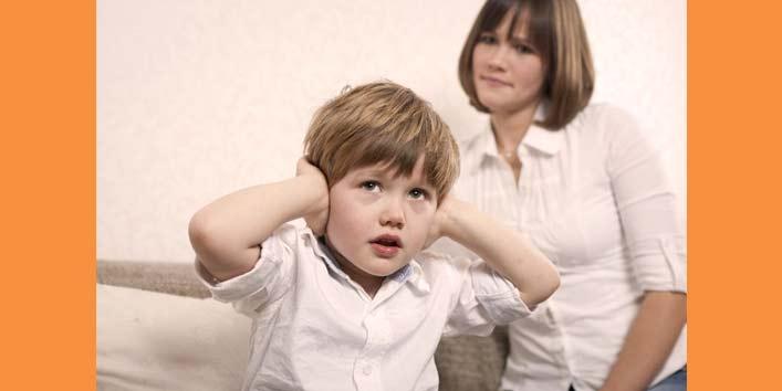 बड़ी उम्र के बच्चों को ट्रीड करने का गलत तरीका