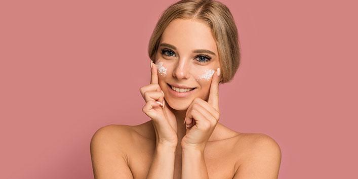 त्वचा पर सही उत्पादों का उपयोग करें